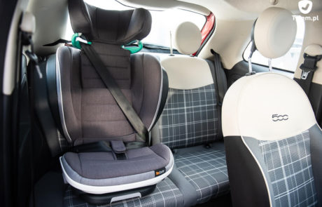 BeSafe izi Flex - Fiat 500. Mały samochód i fotelik samochodowy