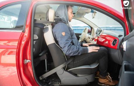 Pasażer - Cybex Sirona S - Fiat 500. Mały samochód i fotelik samochodowy